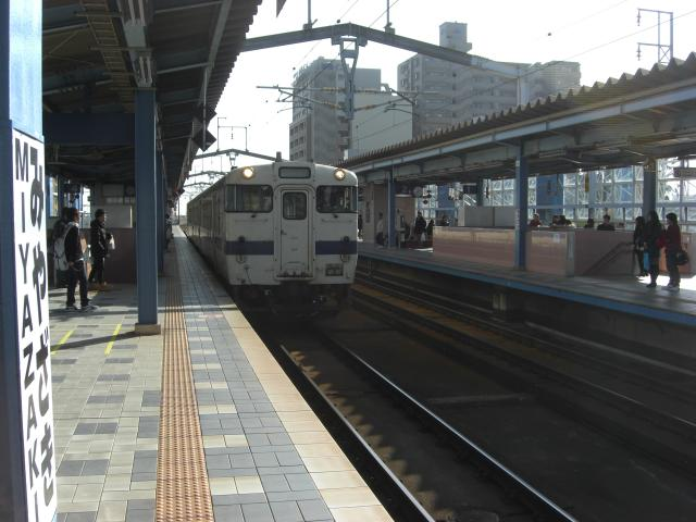 20100129日南線車両宮崎駅