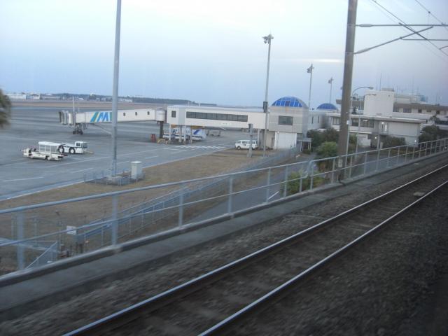 20100129宮崎空港線車窓1