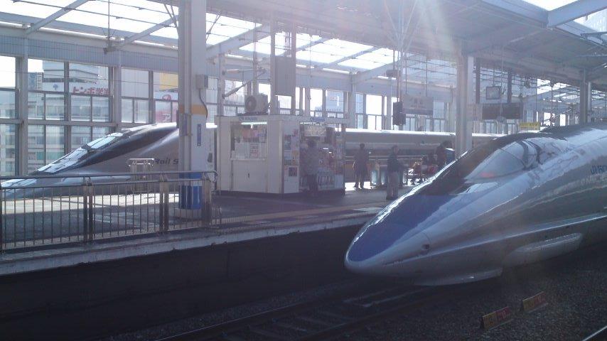 新幹線2台