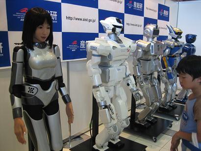 リアルな人間のロボット