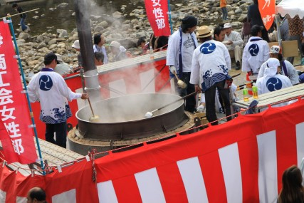 ジャンボきじ鍋