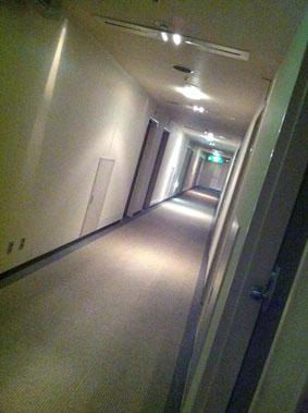 001hotel.jpg