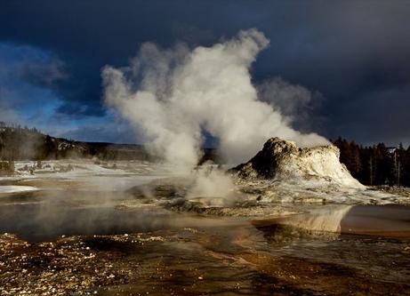 米イエローストーン超巨大火山(スーパーボルケーノ)