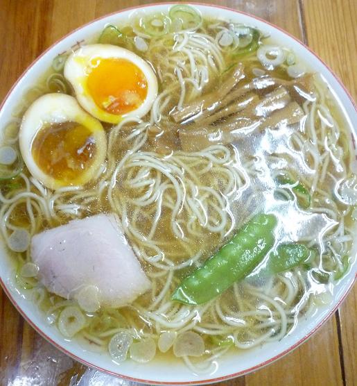 『みずさわ屋』 煮卵入中華そば(並・600円)