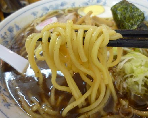『大勝軒 堀切店』 こく中華(麺リフト)