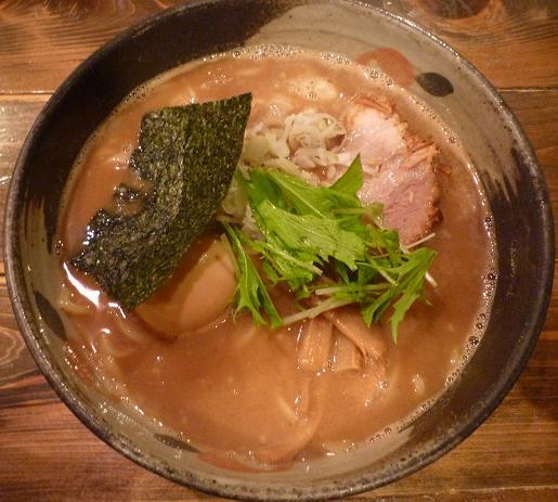 『椿』 中華そば700円+味玉100円