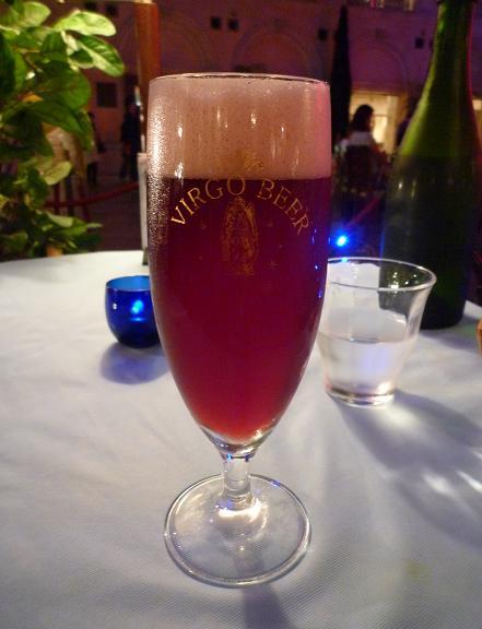 『バドリーノ』 赤い生ビール