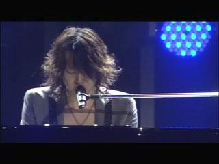 ユチョンピアノ01