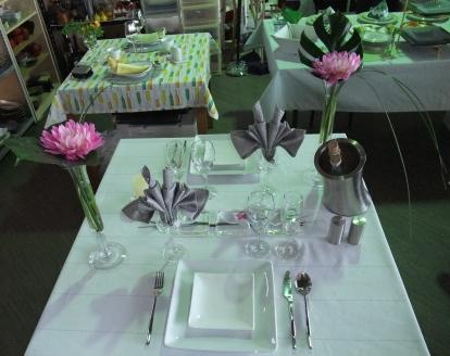 テーブル 660