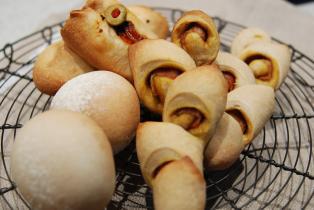 米粉パン3種エピ&オリーブ