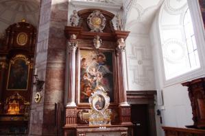 イェズィット教会2