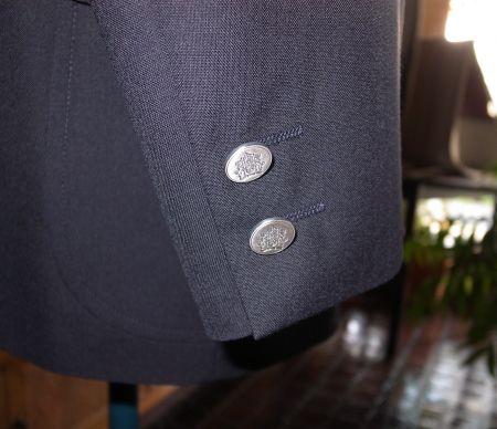 アイビーブレザーの袖釦は基本2ツ