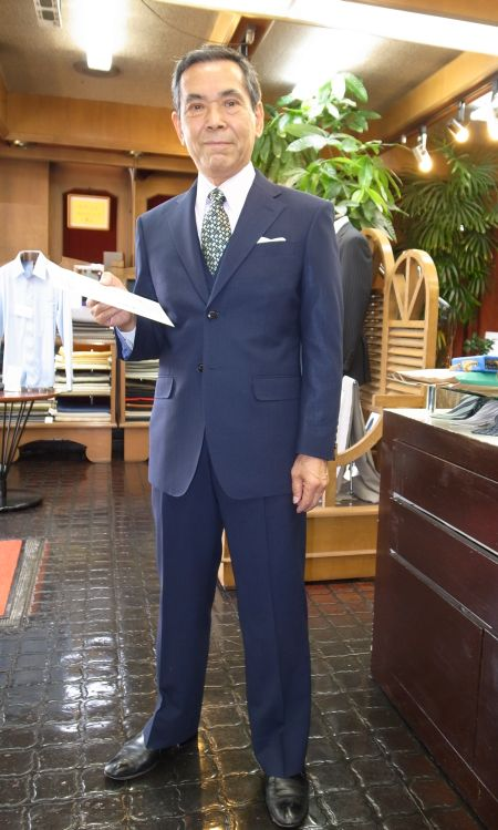 社長のモテスーツ