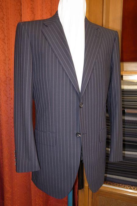 ダイドー亜熱帯の清涼スーツ