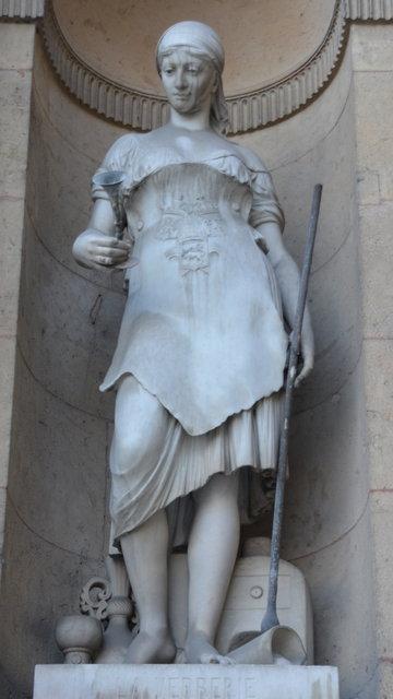 ルーヴル:「ガラス製造」の彫像