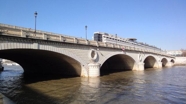 ベルシー橋