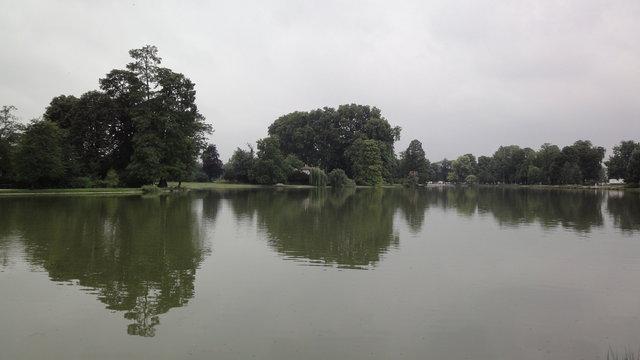 ドーメニル湖