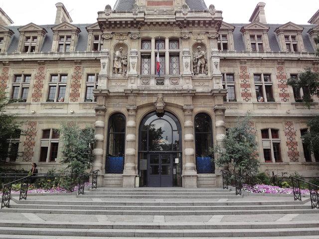 パリの12区の市役所