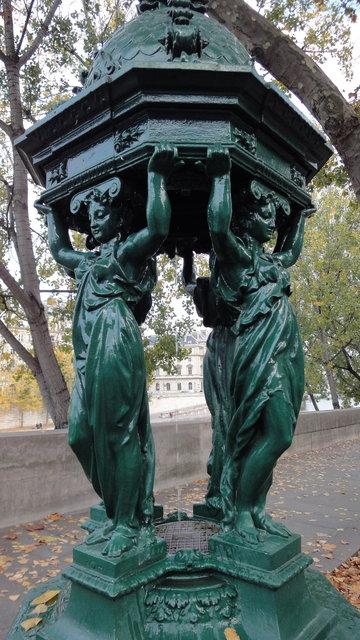 パリ:ヴァラスの泉