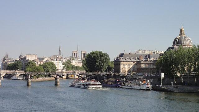 若干のパリの有名な場所