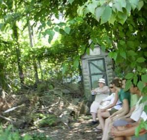 ガーデンの物置小屋