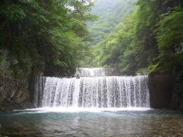 那須の渓 (2)
