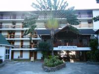 Coral Strand Hotel 1