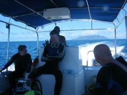 diving guide and praslin island