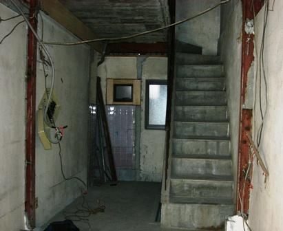 ゴルカバザールの店内工事1
