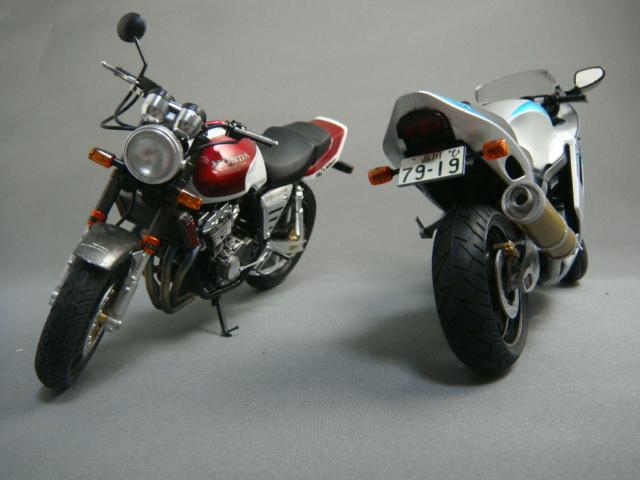 ZZR1100&CB400SF 2