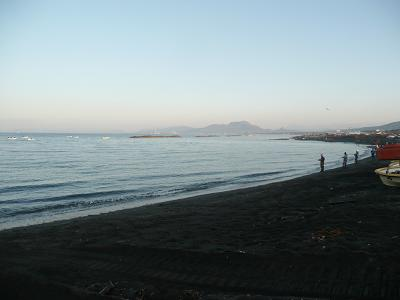 快晴の噴火湾