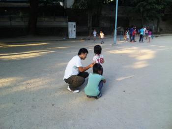 公園での3人