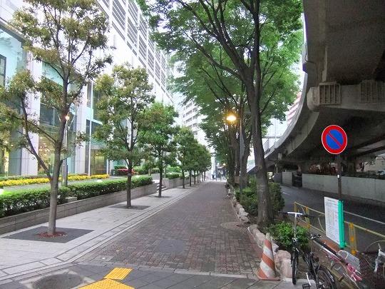 s-002_20110517200145.jpg