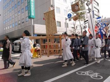 松本城・あめ市