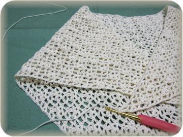 編みかけショール…こんな感じ