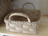 エコクラフト…ふち花編みのトレー