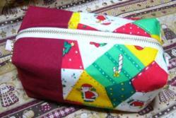 20101212クリスマス柄ポーチ