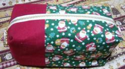 20101212クリスマス柄ポーチ2