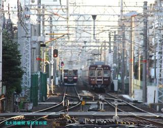 阪急電車の夕方と逆光 1