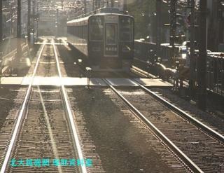 阪急電車の夕方と逆光 7