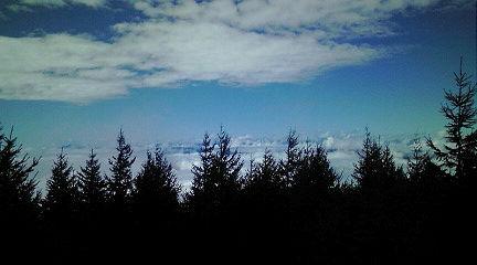 雨雲の上の絶景