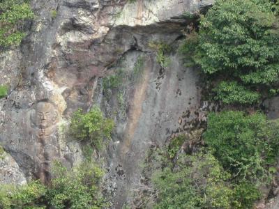 滝畑磨崖仏001