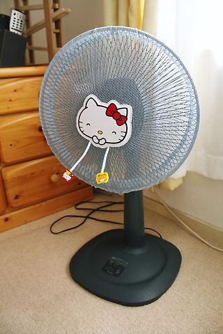 キティちゃんの扇風機カバー