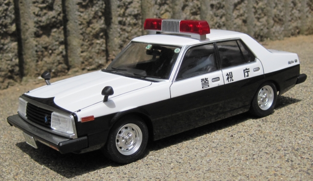 アオシマ ジャパン パトカー