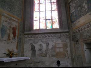 聖バルバラ大聖堂内部の壁画