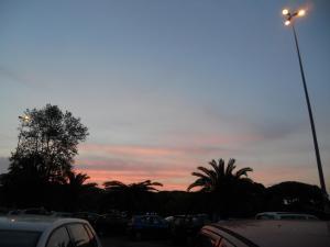 宿の近くの夕日