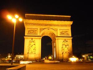 夜の凱旋門/arc de Triomphe at night