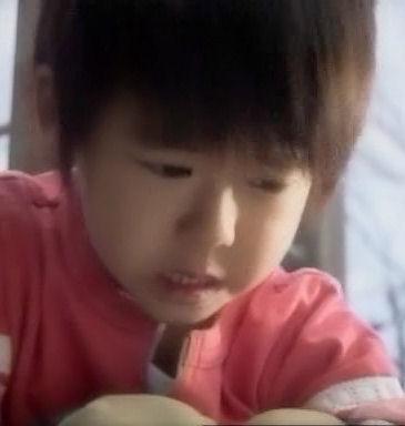 (TVドラマ全話) 光とともに・・・自閉症児を抱えて 第01話 「愛しい我が子に衝撃の告知・・・家族の愛の物語」(512X384DivX).avi_001128061