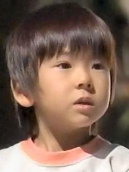 (TVドラマ全話) 光とともに・・・自閉症児を抱えて 第01話 「愛しい我が子に衝撃の告知・・・家族の愛の物語」(512X384DivX).avi_001742475