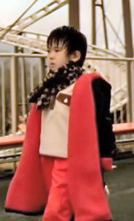 (映画・邦) 隣人13号 (2005.11.25発売 2005.04公).avi_004162257